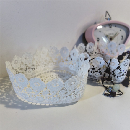 50% off Lace heart shaped baskets